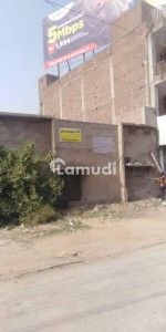 A Centrally Located Building Is Available For Rent In Faisalabad