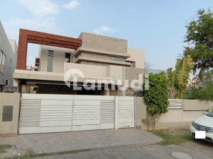 Corner Slightly Used Kanal Bungalow For Sale In Bahria Town Lahore