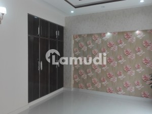 A Palatial Residence For Sale In Model Town Lahore