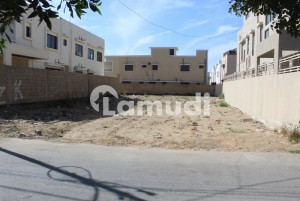 Chance Deal 1000 Yard Residential Plot Is Up For Sell On 11th Street with 90 front Phase 6