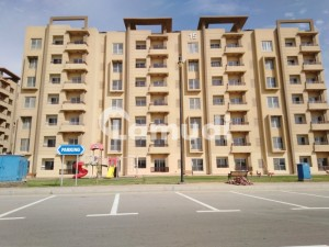 Flat Of 2850  Square Feet Is Available For Rent In Bahria Town Karachi