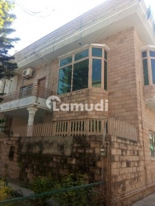 1125  Square Feet Lower Portion For Rent In G-10