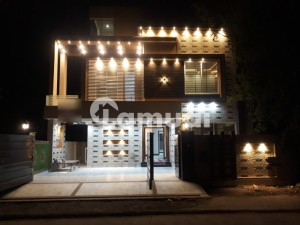 10 MARLA BEAUTIFULLY DESIGNED HOUSE FOR SALE