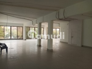 Buy A 6400  Square Feet Office For Rent In G-11