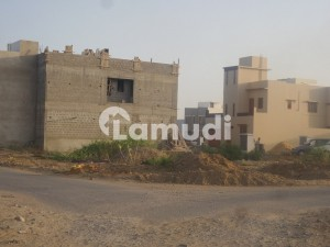 1000 yards residential plot for sell on khy Shaheen near khy Ittehad