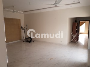 Slightly Used Kanal Bungalow For Sale In DHA