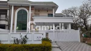 3 Bed Corner House Available For Rent At F-11/2, Islamabad
