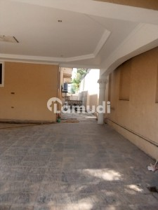 Business Communicator Presents Beautiful House For Rent In F8