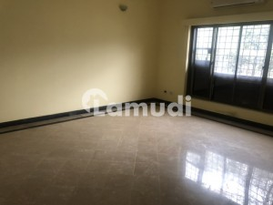 F 11 House For Sale 500 Yards
