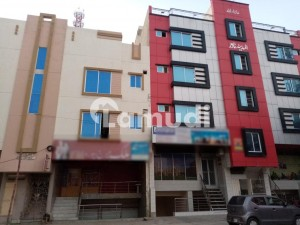 5 Marla Building Is Available In Farid Town