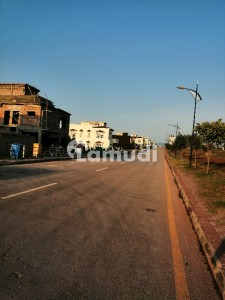 Stunning 2250  Square Feet Residential Plot In Bahria Town Available