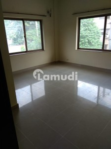 10 Marla 3 Bedrooms Totally Tiled Flooring Neat & Clean Ground Floor Apartment For Rent In Askari 5 Gulber 3 Lahore