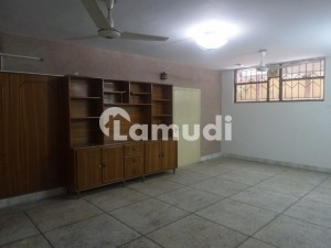 In I-8 3200 Square Feet House For Rent