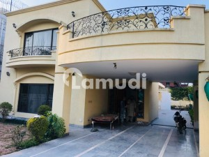 Beautiful 3 Bed House Is Available For Rent