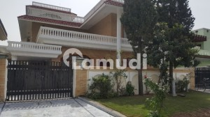 F-10/2 Beautiful House 6 Bedroom Peaceful Location House For Sale Close End Street Near To Park And Mosque