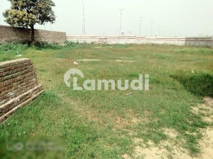 15500  Square Feet Commercial Plot Is Available For Rent In DHA Defence