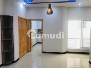 Brand New Luxury Double Storey House For Rent With All Facilities Available
