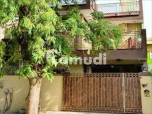 With 10 Rooms House For Rent