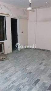 3 Beds Drawing Dining Flat For Sale