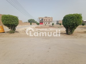 5 Marla Residential Plot Is Available In Shahbaz Pur Road