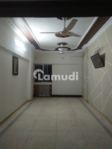 Prime Location,well Maintained With Big Rooms Chance Deal