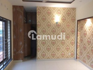 10 Marla House In Wapda Town For Sale At Good Location