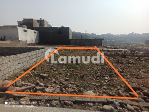 6 Marla Double Street Facing Front And Back Plot For Sale