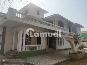 Corner 1000 Sq Yarsa House Is Available For Sale