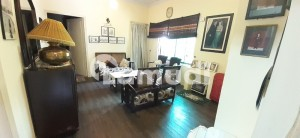 F 8 Fully Furnished Room Bath Kitchn Orginal Picture Attached Car Parking
