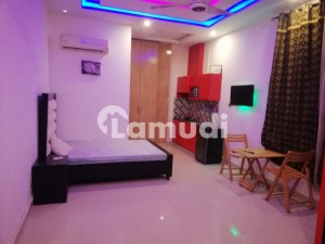 180 Square Feet Spacious Room Is Available In Allama Iqbal Town For Rent