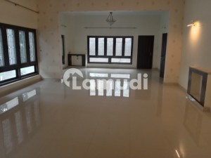 Double Storey 6 Beds Luxury House For Rent In E7