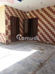 260 Square Yards Well Maintained 4 Bed Room Bungalow, Town House Available For Rent In Clifton Block 1,karachi