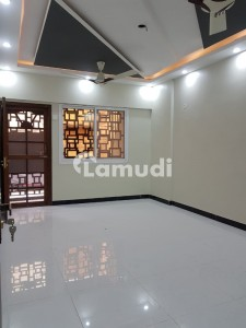 1400 Square Feet Flat In Gulshan-e-Iqbal Town