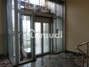 Ideal Big Office For Rent For Software House & IT Work and Multinational Companies