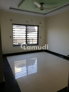 10 Marla Full House For Rent Available In Bahria Town Phase 4 Islamabad