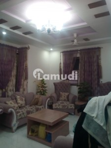 400yrds Double Storey Maintained House In Gulshan Block 6 Available For Sale