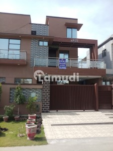 10 Marla Full House Available For Urgent Sale