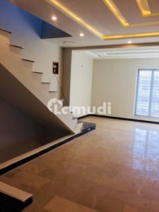 7 Marla Brand New House Available For Sale