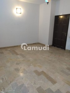 Hill Park Flat Sized 1450  Square Feet
