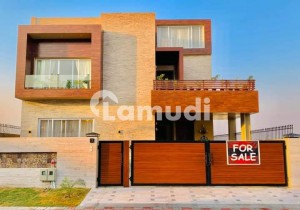 1 kanal brand new luxurious bungalow for sale.
