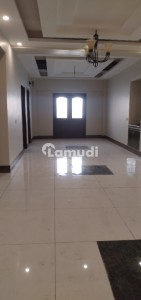 Brandnew 3 Bed Dd Fully Renovated Flat On Rent