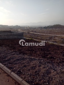 Plot Is Available For Sale In Bani Gala Near Imran Khan House