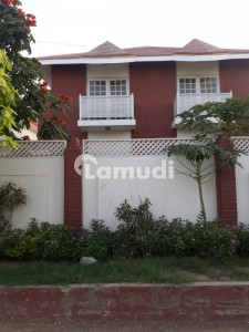 500 square yards 4 bed Room, well maintained bungalow available fore Rent in dha phase 6,Karachi