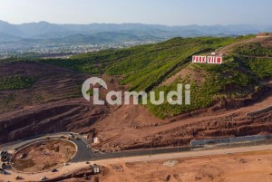 Perfect 1125  Square Feet Residential Plot In Chak Shahzad For Sale