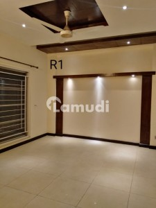 Brand New Kanal Upper Portion For Rent In Dha Phase 3 Xx