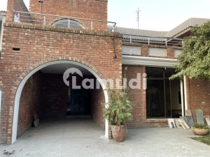 Double Unit 3 Bed Each 22 Marla House In Lahore Cantt