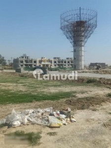 5 Marla Commercial Possession Plot Is Availale For Sale In Zaamin City