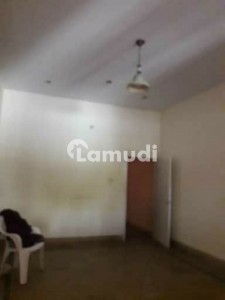 House In Gulistan-E-Jauhar Sized 1800  Square Feet Is Available