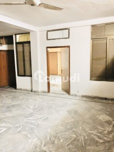 Single Bedroom For Rent Prime Location Model Town