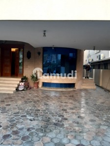 The Most Beautiful Design Fully Furnished Basement Bungalow For Rent